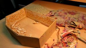 cartonnage restauration avant 3 - atelier des 4 coins